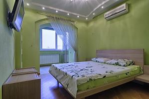 Квартира на Новопечерских Липках (Дружбы Народов), 2х-комнатная, 001