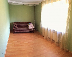 Apartment near Palats Sportu metro station, One Bedroom, 002