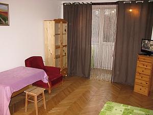 Apartment near the bus station, Un chambre, 003
