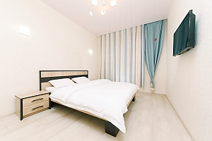 Studio with separate bedroom in Comfort Town residential complex, Monolocale, 002