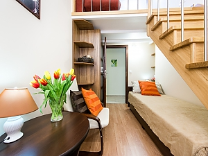 Bright apartment in city center, Quatre chambres, 002