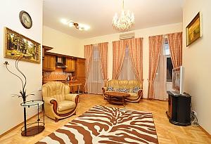 Квартира люкс-класу в самому серці Києва, 2-кімнатна, 004