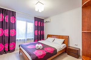 Luxury apartment, Un chambre, 001
