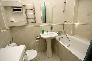 Просторная квартира в историческом центре, 2х-комнатная, 012