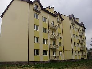 Attic-apartment, Un chambre, 002