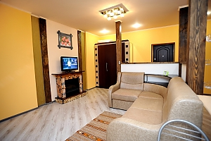 Attic-apartment, Un chambre, 009