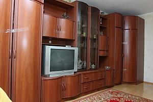 Велика квартира у Вінниці, 2-кімнатна, 003