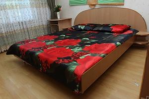 Велика квартира у Вінниці, 2-кімнатна, 001