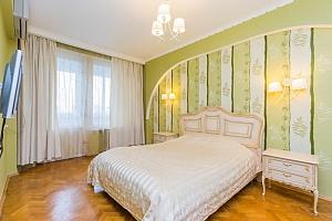 View apartment near Druzhby Narodiv metro station, Una Camera, 001