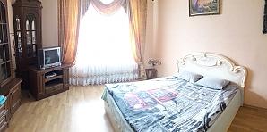 VIP апартаменты во Львове, 2х-комнатная, 001