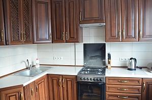 Уютная и чистая квартира, 2х-комнатная, 002