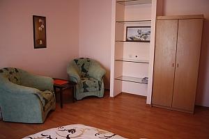 10 Костьольна, 1-кімнатна, 003