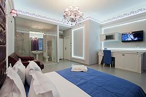 Просторные стильные апартаменты-студио с балконом, 1-комнатная, 004