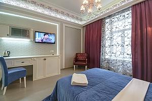 Современный тихий полулюкс с душем, 1-комнатная, 003