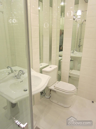 Modern quiet junior suite with shower, Monolocale (47596), 009