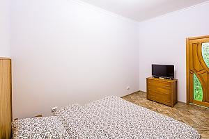 Квартира в центрі Львова в 5 хвилинах від Оперного театру, 1-кімнатна, 002