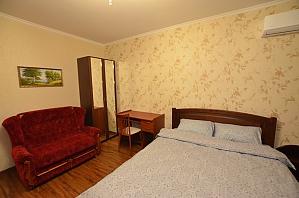 Apartment not far from Livoberezhna, Studio, 001