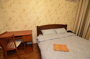 Apartment not far from Livoberezhna, Studio, 003