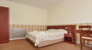 Triple room in Consul hostel, Studio, 001