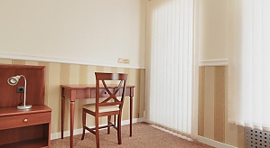 Номер для трьох в Консул готелі, 1-кімнатна, 004