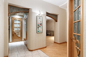 Chic apartment in Pushkinska district, Dreizimmerwohnung, 004