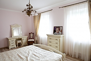Beautiful room in in a country villa, Monolocale, 004