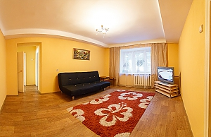 Cozy apartment in the city center, Due Camere, 003