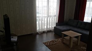 Brytanskyi Kvartal, Zweizimmerwohnung, 004