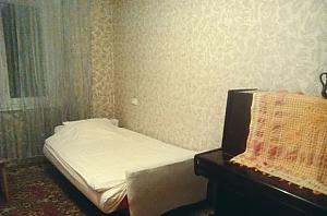 Квартира в центре для 3-6 человек, 2х-комнатная, 001