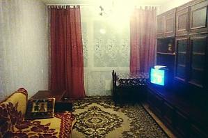 Квартира в центре для 3-6 человек, 2х-комнатная, 003