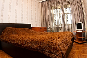 Apartment on Budennogo, Two Bedroom, 001