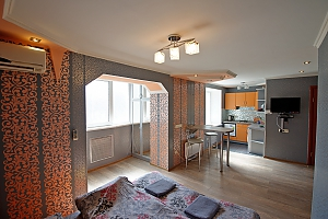 Apartment near Svobody square, One Bedroom, 002