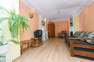 Budget apartment with standard equipment on Heroiv Dnipra metro station, Monolocale, 004