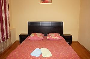 Apartment on Serpukhovskaya, 2-кімнатна, 001