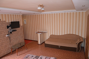 Frunze apartments in the center near the supermarket, One Bedroom, 001