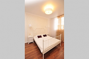 Duplex apartment in a 15-minute walk from Kyivska metro station, Two Bedroom, 002