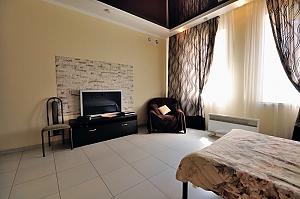 Lounge, Monolocale, 002