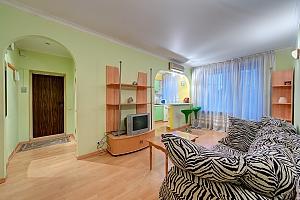 Квартира на метро Печерская, 2х-комнатная, 002