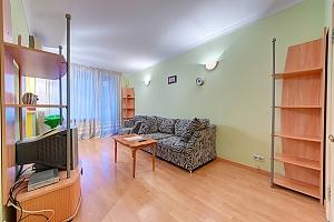 Квартира на метро Печерская, 2х-комнатная, 003
