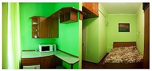 Студіо для двох в тихій частині центру міста, 1-кімнатна, 002