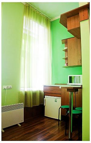 Студіо для двох в тихій частині центру міста, 1-кімнатна, 004
