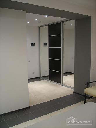 Apartment on Kirova Avenue, Monolocale (70705), 006