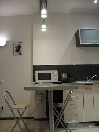 Апартаменты на проспекте Кирова, 1-комнатная (70705), 012