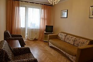 Апартаменты на Оболони, 2х-комнатная, 003