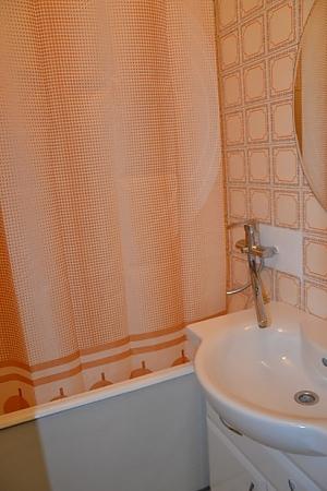 Апартаменты на Оболони, 2х-комнатная, 007