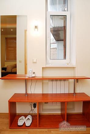 1 Sofiivska, Un chambre (49244), 020