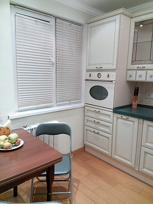 Stylish and cozy apartment near the center, Zweizimmerwohnung, 002
