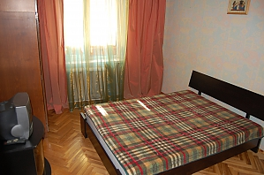 Apartment near Nyvky metro station, Two Bedroom, 001
