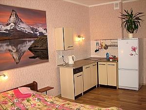 Studio apartment in the new building near Vasylkivska metro station, Studio, 002