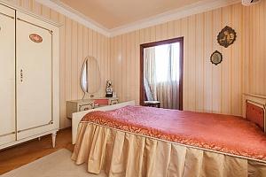 Неперевершені апартаменти в Старому Батумі, 3-кімнатна, 001